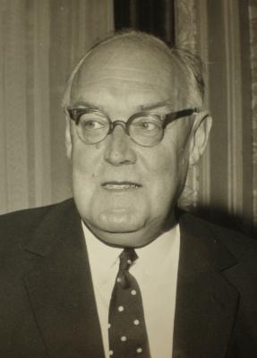 Ross Campbell Geddes, 2nd Baron Geddes1 - 092098_001